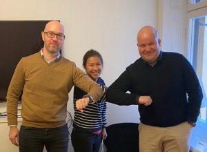 Vasemmalta. Mikko Marttunen, CEO Balanco Accounting Oy, Edith Lau, TJ Metric Accounting AB sekä Antti Voittonen, TJ Balanco AB.